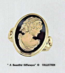 Gold Cameo on Black Onyx Gold Ring