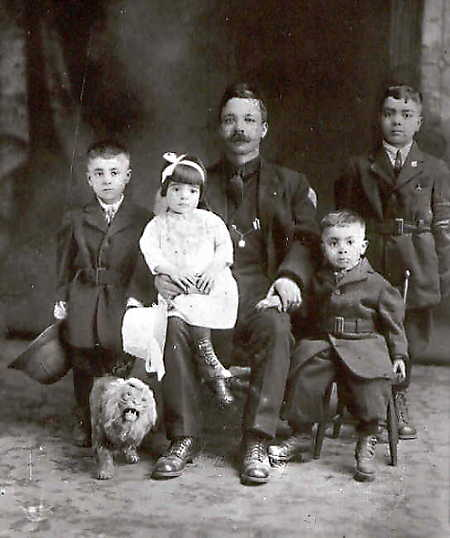 Port Arthur - Thunder Bay - Squitti family 1919