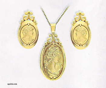 gold_cameo_earrings_pendant